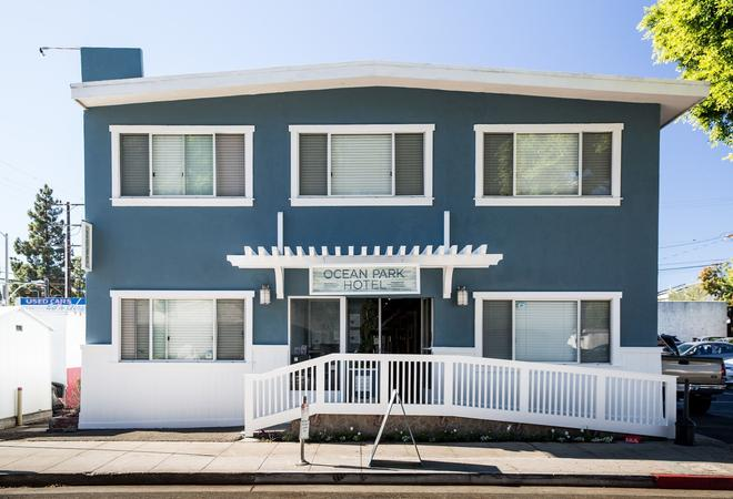 Ocean Park Hotel - Santa Monica - Building