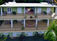 Sea Gate Hotel - Vieques - Building