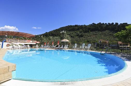 Hotel San Matteo - San Bartolomeo al Mare - Pool