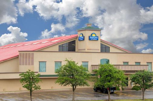 Days Inn by Wyndham Lubbock South - Lubbock - Toà nhà
