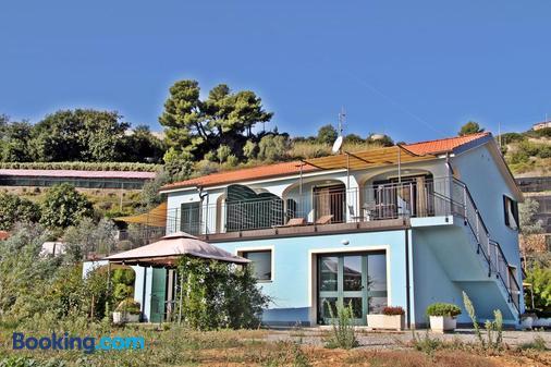 Agriturismo Azzurra Biricchina - Riva Ligure - Building