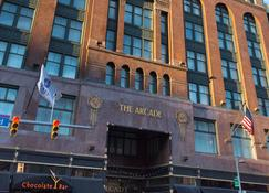 Hyatt Regency Cleveland at The Arcade - Cleveland - Building