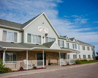 North Country Inn and Suites - Roseau - Building