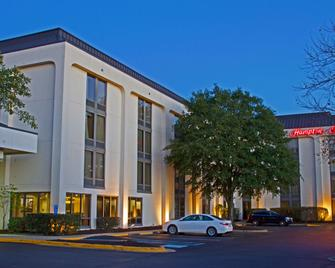 Hampton Inn Norfolk/Chesapeake (Greenbrier Area) - Chesapeake - Building