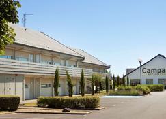 Hotel Campanile Orleans Ouest - La Chapelle St Mesmin - Chapelle-Saint-Mesmin - Edifício