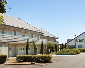 Hotel Campanile Orleans Ouest - La Chapelle St Mesmin - La Chapelle-Saint-Mesmin - Gebouw