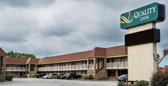 Quality Inn Little Creek - Virginia Beach - Edificio