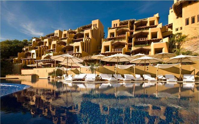 伊斯塔帕嘉佩樂飯店 - 伊斯塔帕 - 建築