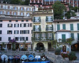 Hotel Monte Baldo - Limone sul Garda - Building