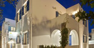 Matas' Apartments - Tinos - Building