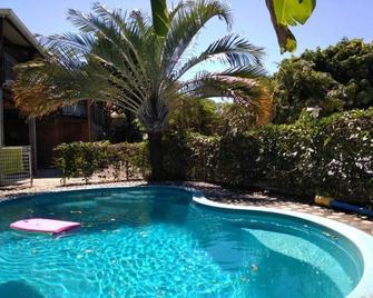 Villa Hélèna B&B - Saint-Denis - Pool