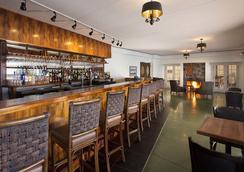 Volcano House Hotel - Volcano - Bar