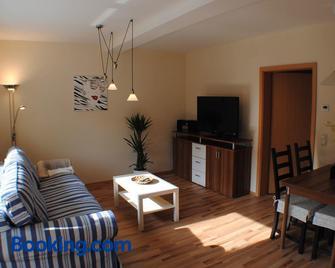 Ferienwohnung Ostsee und Strand - Ribnitz-Damgarten - Living room