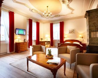 Hotel Pelli Hof Rendsburg By Tulip Inn - Rendsburg - Obývací pokoj