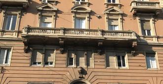 Cagliari d'Amare - Cagliari - Edificio