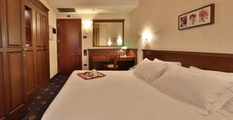 Best Western City Hotel - Bologna - Bedroom