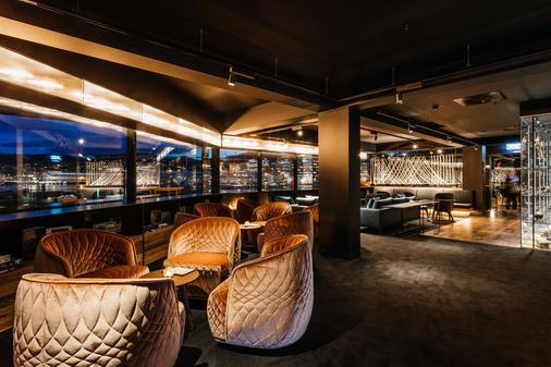 MACq 01 Hotel - Hobart - Baari