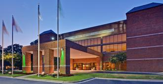 Holiday Inn Memphis-University of Memphis - Memphis - Edificio