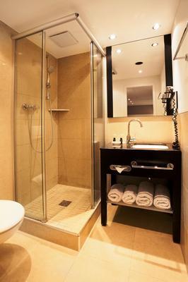Victoria Hotel - Frankfurt am Main - Bathroom