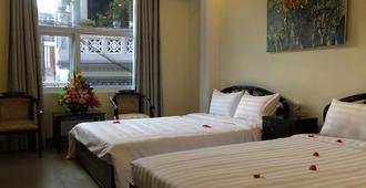 Jade Hotel - Huế - Bedroom