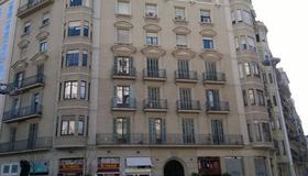 阿利斯住宿加早餐旅館 - 巴塞隆納 - 建築