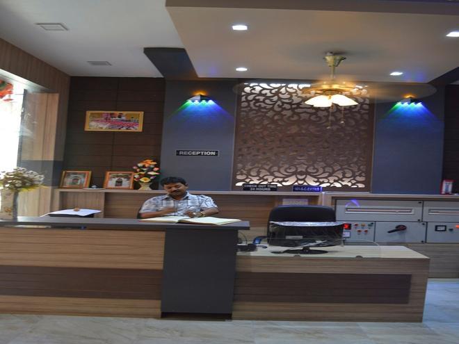 Hotel Mittal Inn - Аджмер - Ресепшен