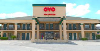 OYO Inn & Suites Medical Center San Antonio - San Antonio - Rakennus