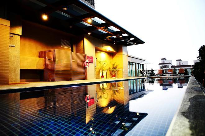 Taichung Maison de Chine-Pin Chen Building - Taichung - Uima-allas