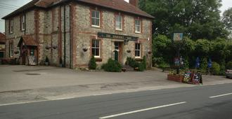 The Somerset Arms - Warminster - Edificio