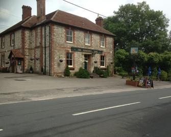 The Somerset Arms - Warminster - Gebäude