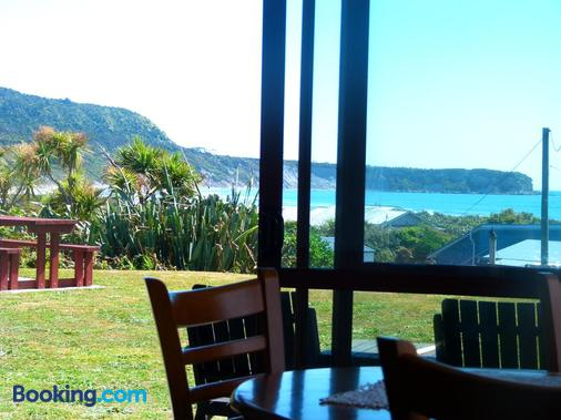 Beachview Motel - Rapahoe - Balcony