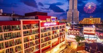 Sleep With Me Hotel Design Hotel @ Patong (Sha Plus+) - פאטונג - בניין