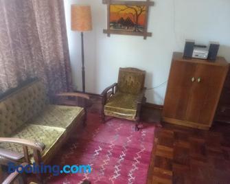114 Cachethof - Potchefstroom - Living room