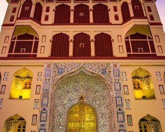 Umaid Mahal - A Heritage Style Boutique Hotel - Jaipur - Bâtiment