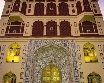 Umaid Mahal - A Heritage Style Boutique Hotel - Džajpur - Building