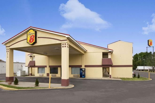 Super 8 by Wyndham Chattanooga/East Ridge - Chattanooga - Building