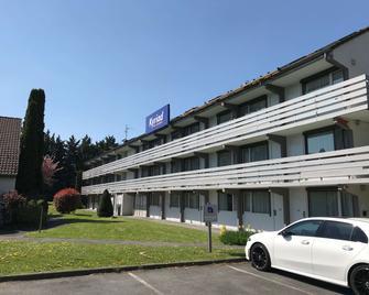 Kyriad Valenciennes Sud - Rouvignies - Valenciennes - Building