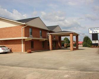 Royal Inn - Anniston - Building