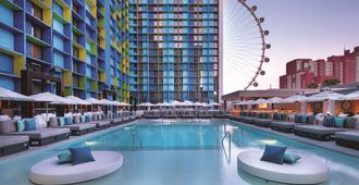 The LINQ Hotel & Casino - Las Vegas - Pool