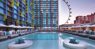 The LINQ Hotel & Casino - Las Vegas - Piscina