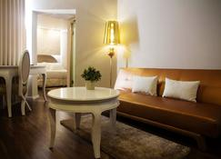 Agripas Boutique Hotel - Jerusalem - Living room