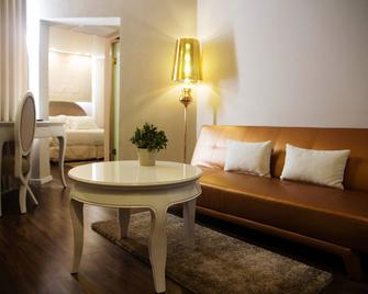Agripas Boutique Hotel - Jerusalem - Living room