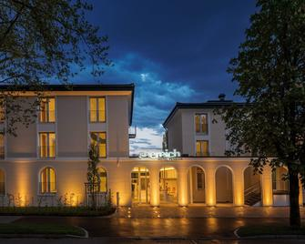 Seereich Hotel & Pension - Lindau (Bavaria) - Building