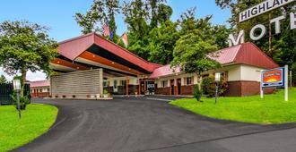 Highland Inn New Cumberland - New Cumberland - Edificio