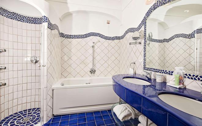 薩拉森尼科沃酒店 - 波西塔諾 - 波西他諾 - 浴室