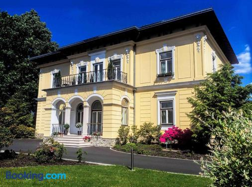 Villa Aurelie - Velke Losiny - Building