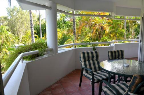 Beach Terraces - Port Douglas - Balcony