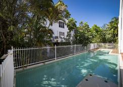 海灘特勒斯酒店 - 道格拉斯港 - 道格拉斯港 - 道格拉斯港 - 游泳池