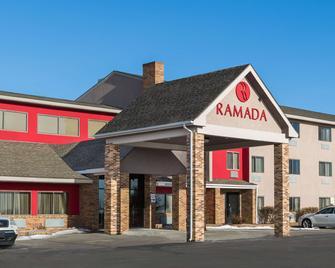 Ramada By Wyndham Platte City Kci Airport - Platte City - Gebäude