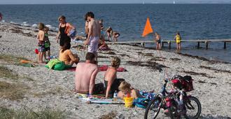 Campone Ajstrup Strand - Malling